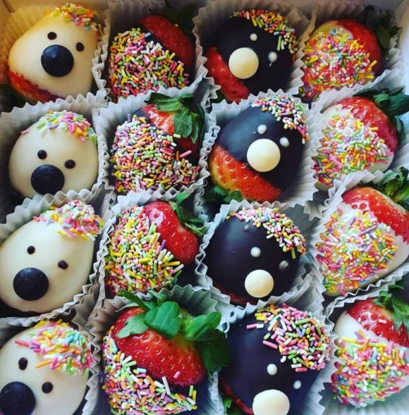 Kids Chocolate Berry Box
