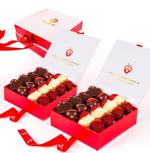 Chocolate Berry Box with hearts
