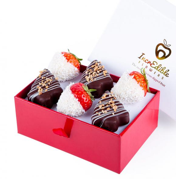 Mini Chocolate Berry Box Christmas