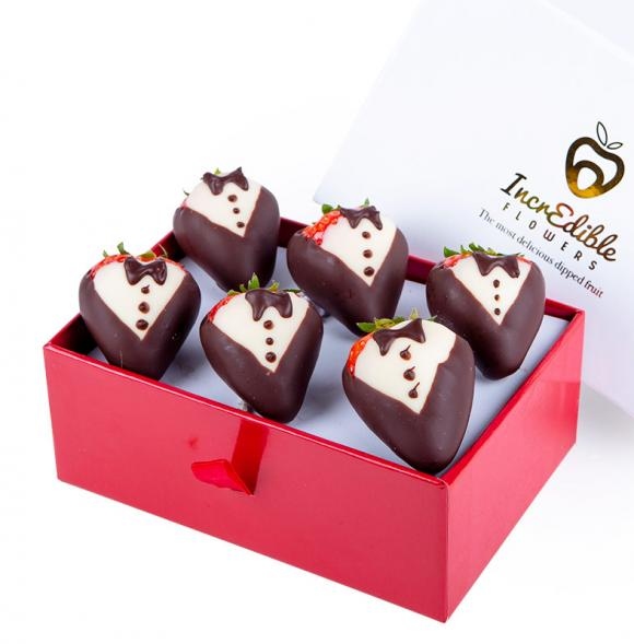 Mini Chocolate Berry Box Tuxedo