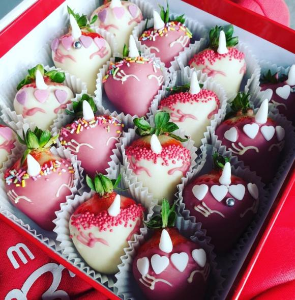 Unicorn Chocolate Berry box